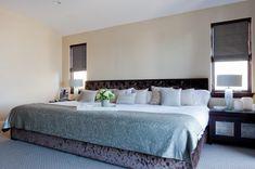 Giant Beds, Big Beds, Cool Teen Bedrooms, Beautiful Bedrooms, Dream Rooms, Dream Bedroom, Huge Bed, King Bed Frame, Bedding Master Bedroom