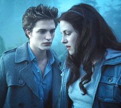 Edward & Bella- Love this scene and the energy and tension of the first movie.