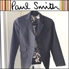 💕🎀Paul Smith Designer Black Women's Blazer🎀💕 In excellent condition. Italian Size 38 petite. IS SIZE 0.  Fits like an XS or S. Made in Italy Paul Smith Jackets & Coats Blazers