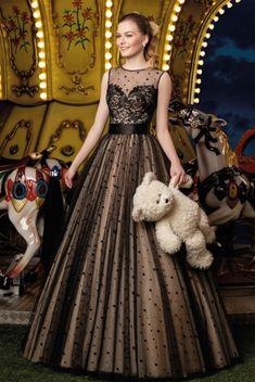 ff448a041 8 melhores imagens de vestido de tule preto | Cute dresses, Midi ...