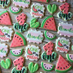 First Birthday Theme Girl, First Birthday Cookies, Watermelon Birthday Parties, 1st Birthday Party For Girls, Girl Birthday Decorations, Birthday Ideas, Baby Shower Watermelon, Watermelon Cookies, Cookie Company