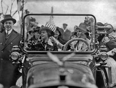 Suffragettes Nell Richardson and Alice S. Burke driving a car at a rally in New York in 1915.