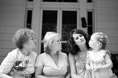 Four generations duck faces Family Portrait Poses, Family Picture Poses, Family Photo Sessions, Family Generation Photography, Family Photography, Photography Poses, Four Generation Pictures, 4 Generations Photo, Photography Journal