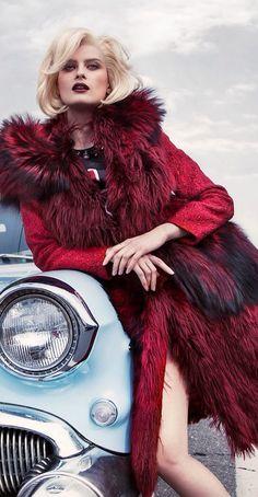 Travel and Luxury #Fur #fashionBlogger #CherieIZZO www.etsy.com/shop/IzzoDesignStudio