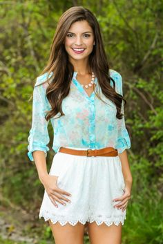 Hello Gorgeous! This beautiful aqua floral blouse is the perfect summer blouse. Repin if you love!