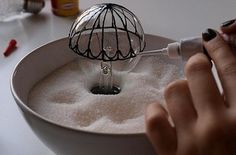 Turn old light bulbs into hot air balloon art - 33 Impossibly Cute DIYs You Can Make With Things From Your Recycling Bin