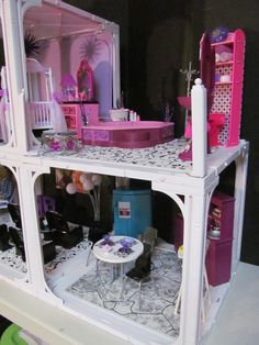 OOAK Happy Family Barbie House by BargainFancy (Michele Primel Tunstall)