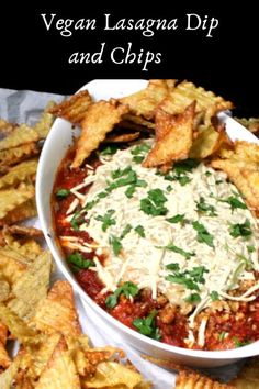 A fun, kid-friendly, everyone-friendly snack of vegan Lasagna Dip and Chips. Dip is gluten-free. Raw Vegan Recipes, Vegan Snacks, Vegetarian Recipes, Vegetarian Options, Vegan Food, Vegan Ricotta, Vegan Mozzarella, Vegan Pasta, Lasagna Dip