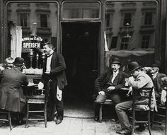 Extraordinary Candid Vintage Photographs That Capture Street Scenes of Vienna, Austria From the and University Of Vienna, Kaiser, Artistic Photography, White Photography, World Cultures, Vintage Photographs, Historical Photos, Old Photos, Candid