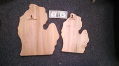 www.m37auction.com: 2 Boyne City, Michigan Wooden Decorative Pieces