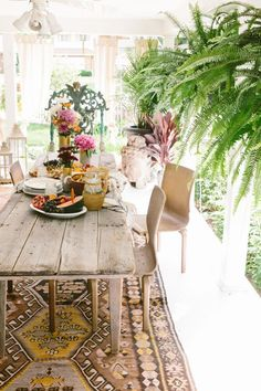 Boho chic style dining room inspiration.