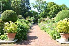 The Galloping Gardener: Gourmet gardens in Normandy - Lutyens' masterpiece - Le Bois des Moutiers