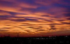 Leggi su Sky Tg24 l'articolo Milano, il cielo al tramonto sembra un dipinto. FOTO  | Sky TG24
