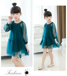 فُـدٍوٌةّ لَلَهّـ Baby Girl Party Dresses, Dresses Kids Girl, Flower Girl Dresses, Newborn Girl Outfits, Little Girl Outfits, Kids Outfits, Frocks For Girls, Kids Frocks, Baby Dress Design