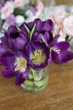 decoracao-mesa-de-pascoa-almoco-em-tons-de-violeta-e-rosa-provence-14