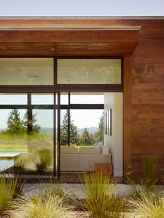 Gallery of Westside Road Private Residence / Dowling Studios - 19 Art And Architecture, Architecture Details, Outdoor Spaces, Outdoor Living, Indoor Outdoor, Beautiful Space, Beautiful Homes, Interior Simple, Interior Exterior