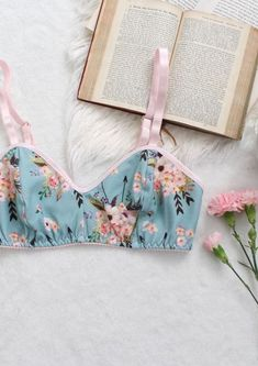 Sky Blue Bohemian Floral 'Bows and Arrows' Wireless Lined Bra with Peach Pink Watercolor Flowers Handmade in Your Size - Underwear Pretty Lingerie, Beautiful Lingerie, Lingerie Set, Diy Clothes Patterns, Sewing Clothes, Textiles Y Moda, Cute Underwear, Diy Clothes Videos, Diy Fashion