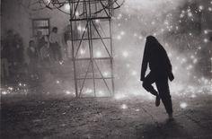Castillo en el Barrio del Niño (Fireworks in the Barrio del Niño) // Manuel Alvarez Bravo