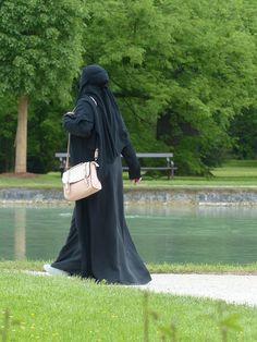 Szwajcaria: Są pierwsze kary za burki w Tessynie!