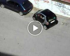"""Homem Enfrenta o Maior Desafio Da Sua Vida: Estacionar o Carro Num Lugar """"Bem Apertado"""""""
