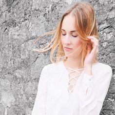 White Lace Blouse   #fashionshoot#modeblog#modeblogger#dailypost#blogpost#blogger_de#bloggerstyle#mystyle#mylook#outfitinspo#outfitdetails#styleblogger#styleaddict#styleinspiration#fashionista#fashionblog#fblogger#fashiondiary#fashionblogger_de#styling#styleblog#stylediary#dailydose#dailyoutfit#instablogger#instadaily