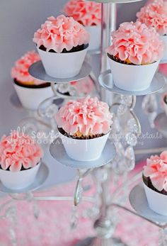 Love these cupcakes!