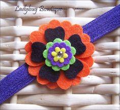 Fieltro de lana de las niñas flor pinza de pelo por LadybugBowtique