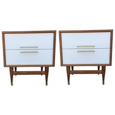 Pair of End Tables in the Manner of Gio Ponti | From a unique collection of antique and modern end tables at https://www.1stdibs.com/furniture/tables/end-tables/