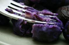 Have you ever had Purple Potatoes? I love purple potatoes. Try this recipe or they're also good quartered, roasted, sprinkled with olive oil, salt, pepper and a garlic herb mixture. And oh the color. Homemade Tacos, Homemade Taco Seasoning, Fish Recipes, Whole Food Recipes, Purple Potatoes, Eat This, Smitten Kitchen, How To Grill Steak
