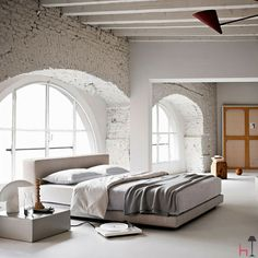 The Newport bed by Ivano Redaelli provides an Italian-made elegant solution for your bedroom.