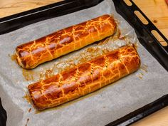 Bejgli recept lepes 15 foto Hot Dog Buns, Hot Dogs, Hungarian Desserts, Sausage, Food Photography, Food And Drink, Bread, Ethnic Recipes, Christmas