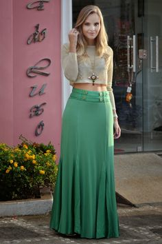 Love this Outfit : Skin long sleeve blouse and green maxi skirt for spring outfit Source : Link Maxi Skirt Outfits, Modest Outfits, Dress Skirt, Dress Up, Maxi Skirts, Dress Long, Jean Skirts, Denim Skirts, Modest Clothing