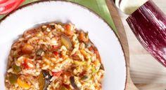 Κοκκινιστό ριζότο με μελιτζάνες, ελιές και κάπαρη