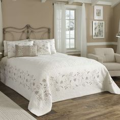Nostalgia Heirloom - Grace Bedspread   Nostalgia Home Fashions, Inc