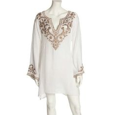 Scoop Neck White Georgette Tunic Flower Embroidered Top xxl * Read more at the image link. White Tunic Tops, Estilo Hippie, Indian Fashion, Womens Fashion, Embroidered Tunic, Embroidery Fashion, Corsage, Clothing Patterns, Casual Dresses