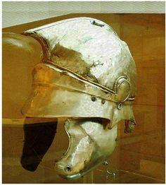 Helmet, Corfu Archaeological Museum The post Helmet, Corfu Archaeological Museum appeared first on Garden ideas - Architecture Helmet Armor, Arm Armor, Corfu, Greek Helmet, Roman Armor, Alexandre Le Grand, Ancient Armor, Medieval Armor, Hellenistic Period