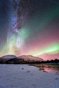 Aurora borealis. KTCG NATURALBEAUTIES