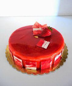 """Ultimamente mi sto appassionando alle torte moderne, quelle che in francese vengono definite """"Entrements"""" , ossia torte e dolci monoporzion..."""