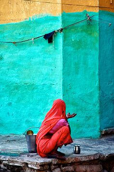 Color inspiration: turquoise - Gesture , India