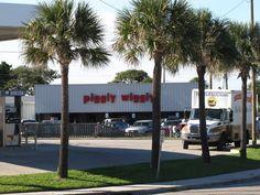 *The* Piggly Wiggly on Edisto Island, South Carolina