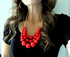 How to Make a Beaded Statement Necklace >> great idea for Mother's Day!