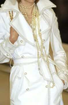 White Chanel Trent Coat with Gold Pearls Coco Chanel, Chanel Coat, Chanel Pearls, Chanel Jacket, Chanel Bags, Chanel Handbags, White Fashion, Love Fashion, Fashion Beauty