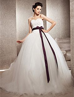 Ball Gown Sweetheart Tulle Chapel Train Wedding Dress inspir... – USD $ 177.49