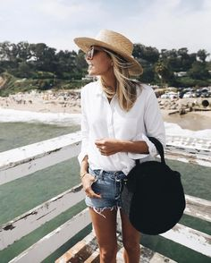 "199 Likes, 4 Comments - Jacey Duprie •• Damsel in Dior (@damselindior) on Instagram: ""Pondering a move to Malibu. #iloveithere #beach #ootd"""