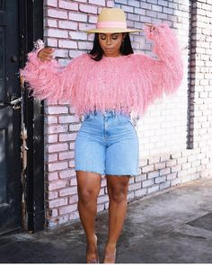 "4cac7225bdb9 Tawana on Instagram  ""F A V"" Girl Fashion"