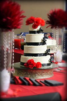 love red and black weddings