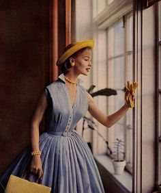 Vintage Fashion: love the full blue dress with the buttons and cute matching yellow hat. Very vintage.