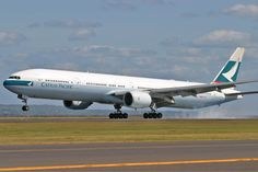 Resultado de imagem para b777 Cathay Pacific
