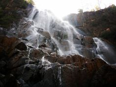 Lodh waterfall is located at distance of approximately 90 km from #Latehar district headquarter.#incredibleindia #govindpathak #latehartourism #jharkhandtourism