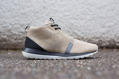 Nike-Rosherun-Sneakerboot in BAMBOO